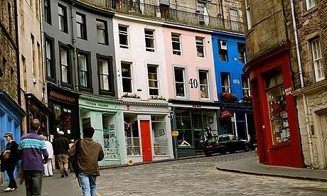 the-red-door-gallery-008